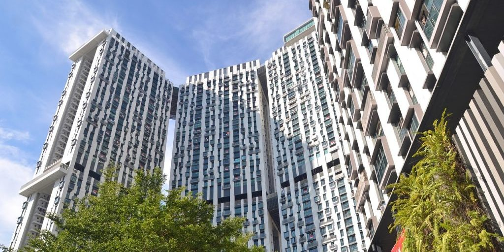 Buying a Condo - The Pinnacle